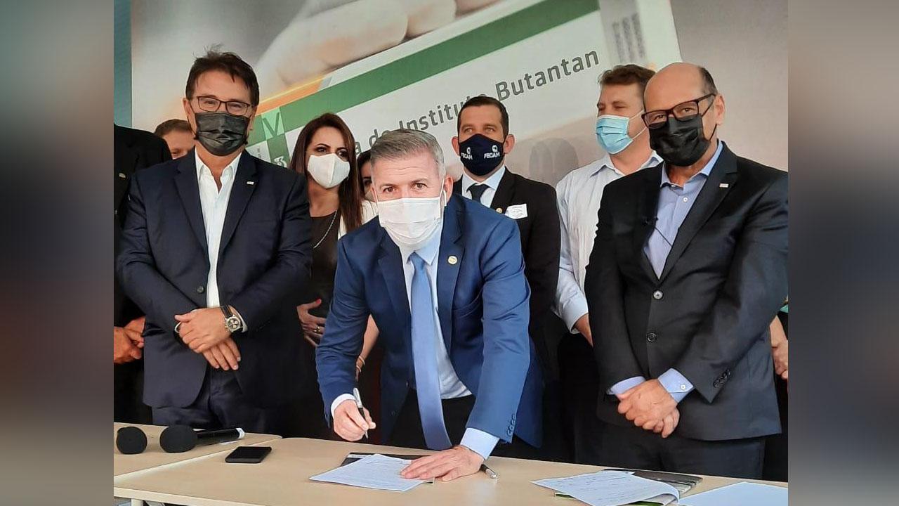 Prefeito de Araquari sinaliza interesse em compra da vacina CoronaVac