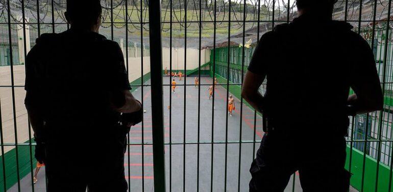 Presídios do estado podem recusar novos presos a partir de hoje