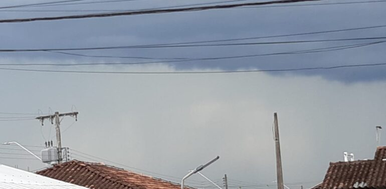 Defesa civil alerta para temporais e chuva volumosa