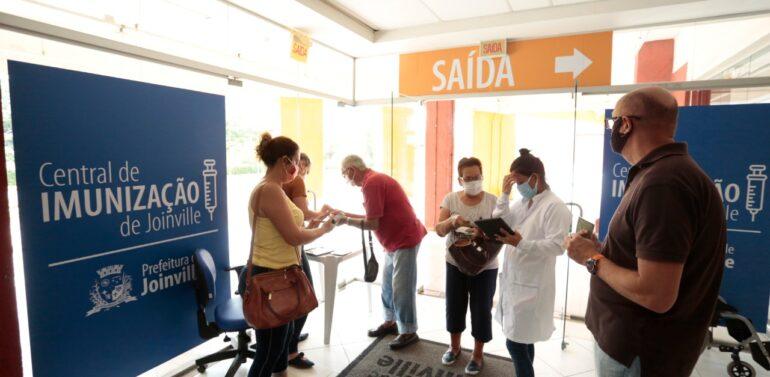 Joinville inicia alteração de prazo para segunda dose da vacina contra a Covid-19