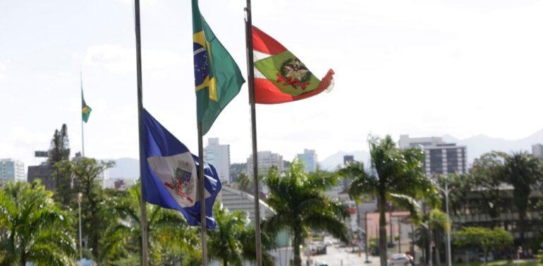 Prefeitura decreta luto oficial pelas vítimas da pandemia