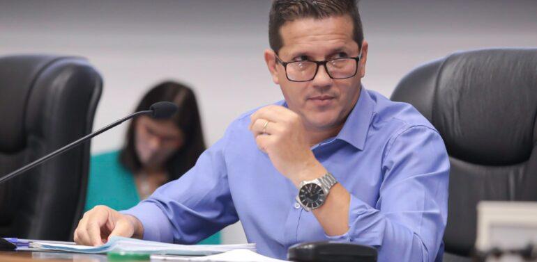 Vereador Osmar Vicente tem mandato cassado