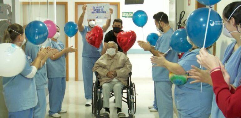 Idoso de 101 anos se recupera da Covid-19 em Joinville