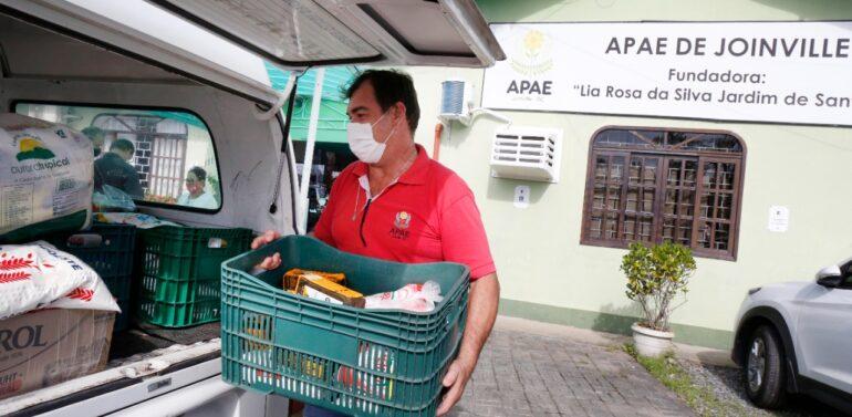 Campanha Doses de Bondade já arrecadou 14 toneladas de alimentos não perecíveis