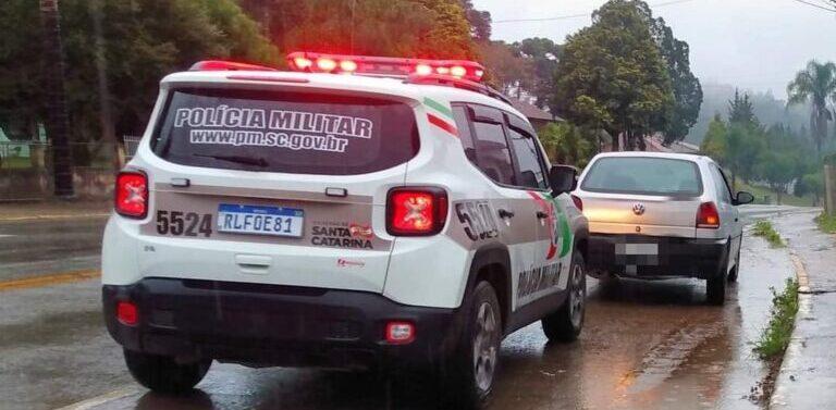 Carro roubado em Joinville é recuperado em Campo Alegre