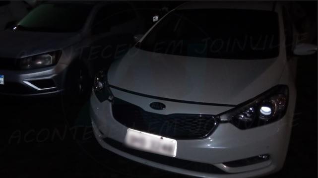 Polícia Militar recupera carro roubado no São Marcos