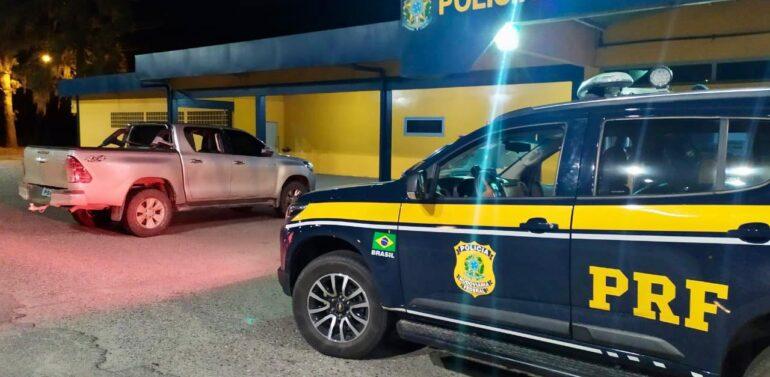 PRF recupera caminhonete roubada em Joinville