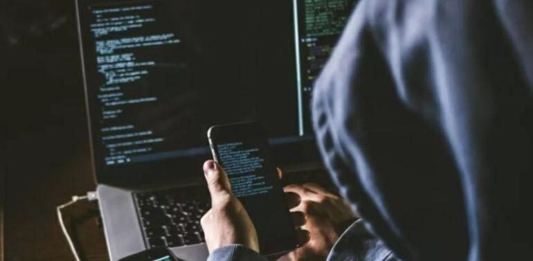 Operação da PF prende 3 suspeitos de envolvimento em ataque hacker ao STF… – Veja mais em https://www.uol.com.br/tilt/noticias/redacao/2021/06/08/operacao-da-pf-suspeitos-de-ataque-hacker-contra-stf.htm?cmpid=copiaecola