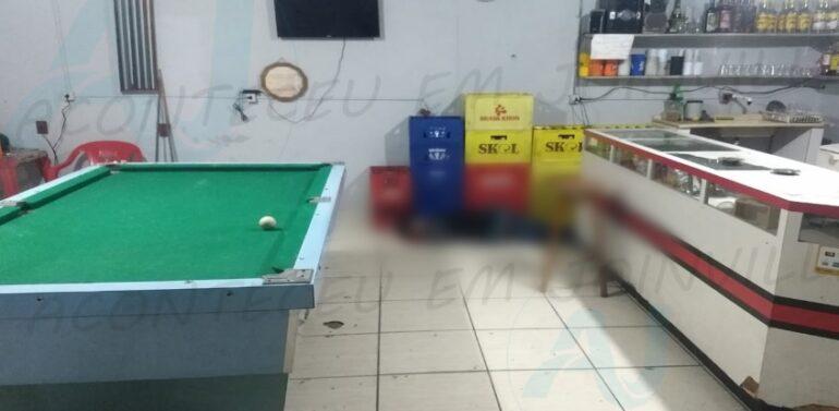 Homem é morto a tiros dentro de um bar no Jardim Paraíso