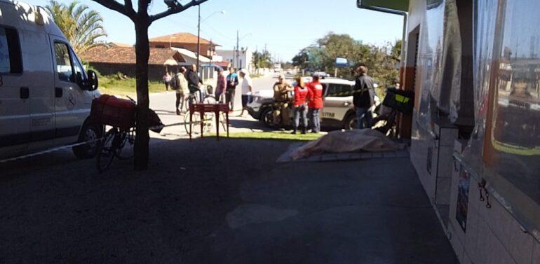 Homem é encontrado morto em via pública na Balneário Barra do Sul