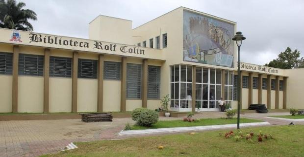 Comissão de Educação discute situação da Biblioteca Rolf Colin