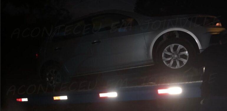 Polícia Militar recupera veículo furtado no Atiradores