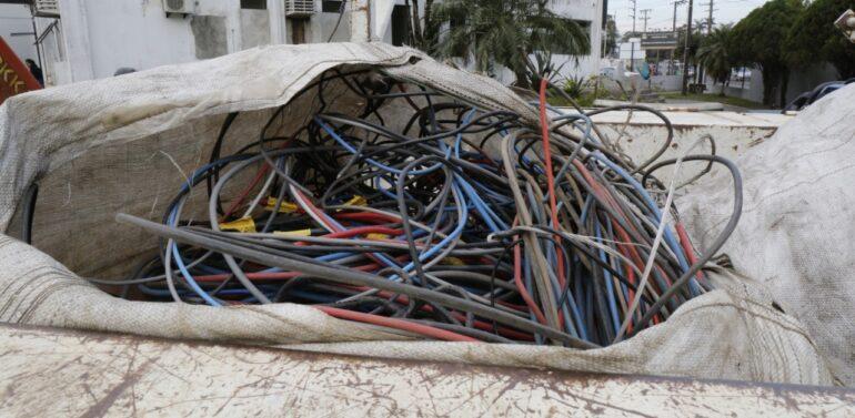 Operação da Guarda Municipal e Polícia Civil apreende 400 quilos de cabos furtados