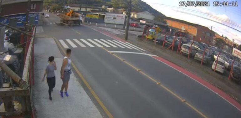 Motociclista morre após acidente em Jaraguá do Sul