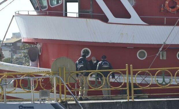 Barco de pesqueiro é apreendido com 844 quilos de cocaína no Litoral Norte