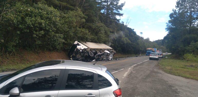 Motorista morre após se envolver em acidente na Serra Dona Francisca