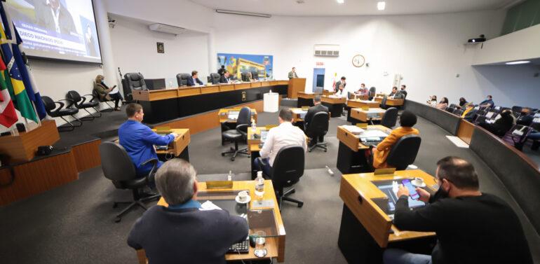 Vereadores pedem a Bolsonaro veto ao fundão eleitoral
