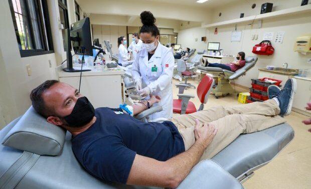 Hemosc orienta sobre doação de sangue após imunização contra a Covid-19