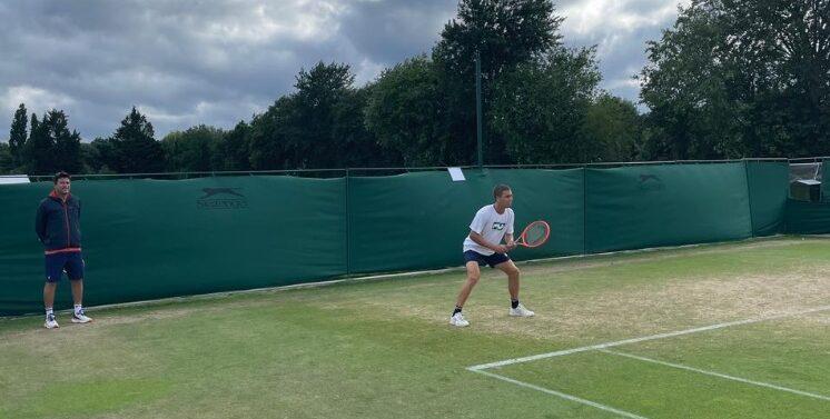 Joinvilense estreia nesta terça-feira em Wimbledon