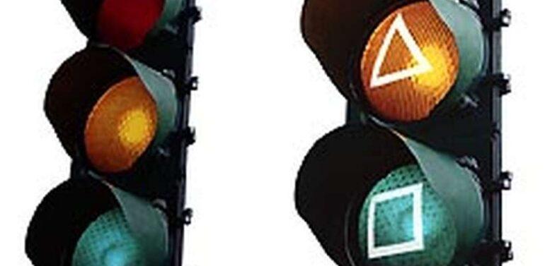 Projeto prevê mudanças nos semáforos para beneficiar portadores de daltonismo