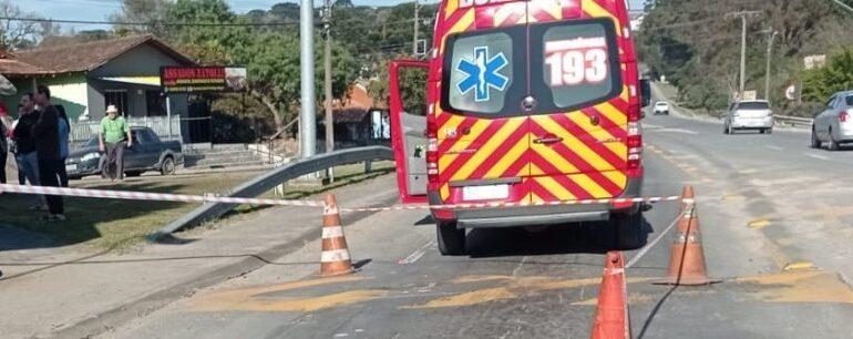 Pedestre morre após ser atropelado na SC-418