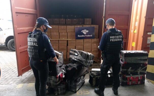 VÍDEO : Receita Federal realiza apreensão de 350 kg de cocaína no Porto de Itapoá