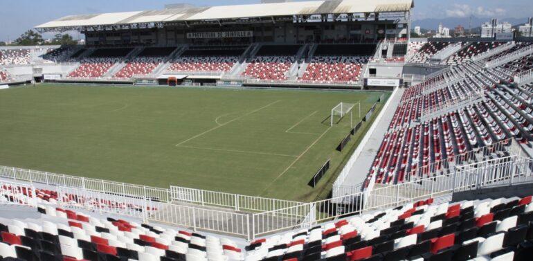 Arquibancada coberta da Arena Joinville é interditada