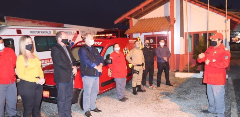 Bombeiros Voluntários de Balneário Barra do Sul recebem doação