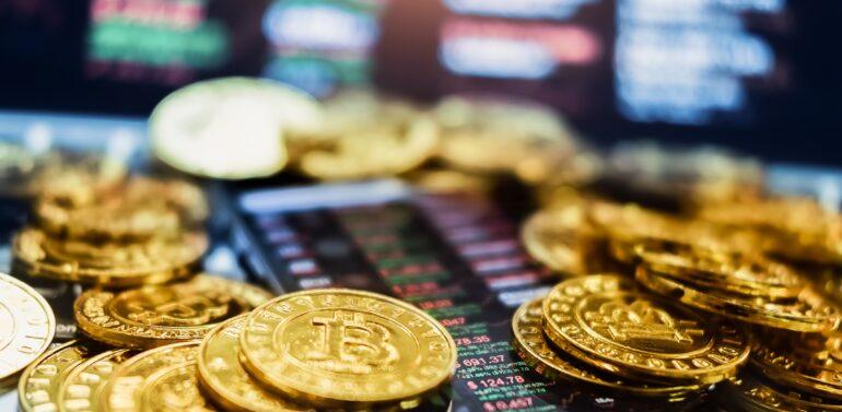 Hackers atacam plataforma e roubam mais de US$ 600 milhões em criptomoedas