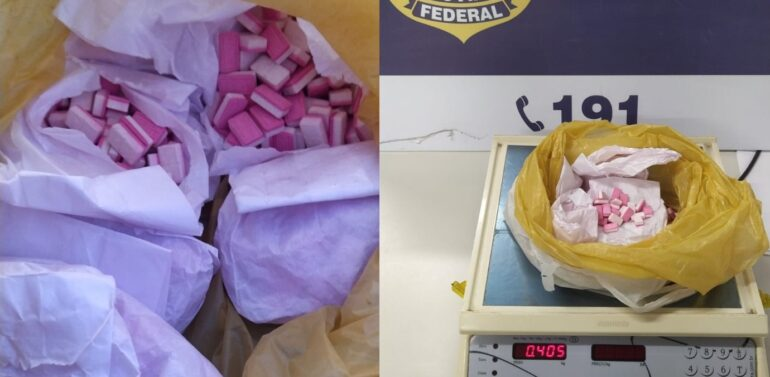 PRF flagra cerca de 600 comprimidos de ecstasy em automóvel na BR 101