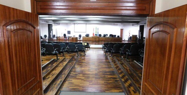 Assassinato entre facções inicia maratona de júris em Joinville