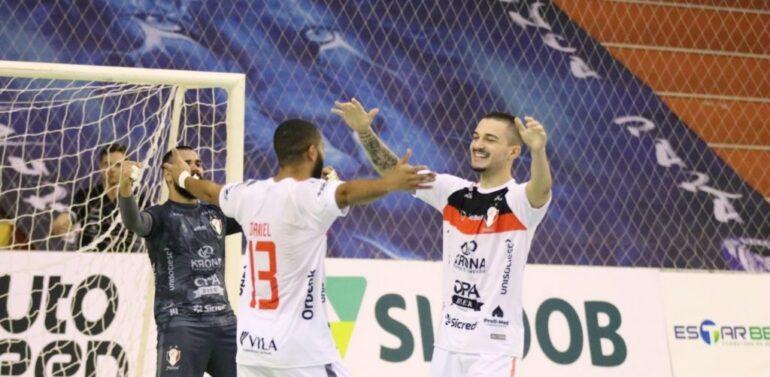 JEC/Futsal vira sobre Joaçaba e mantém liderança