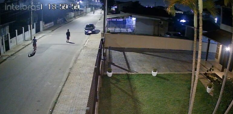 VIDEO: Tentativa de assalto é frustrada no bairro Comasa