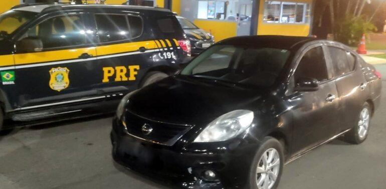 Carro roubado no Paraná é recuperado na BR 101 em Joinville