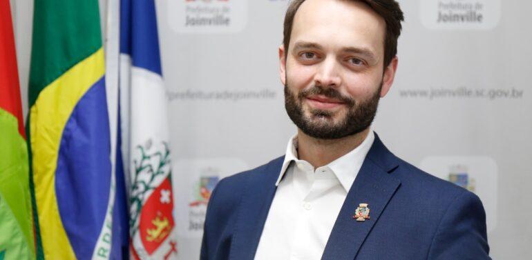 Advogado Fábio Jovita assume gestão da SAMA de Joinville