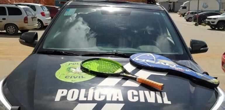 Polícia Civil recupera raquete de tênis furtada avaliada em R$ 2.400,00