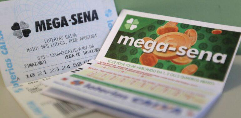 Acumulada, Mega-Sena pode pagar R$ 6,5 milhões neste sábado