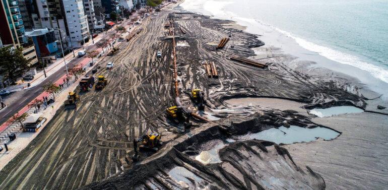 Balneário Camboriú triplica faixa de areia