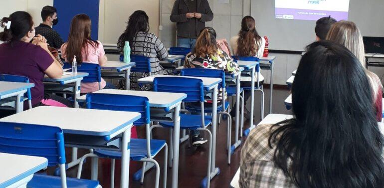 Secretaria de Educação oferece programa de formação inédito para estagiários