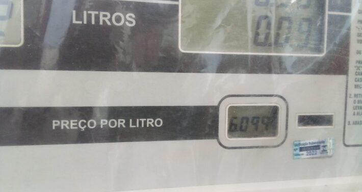 Procon de Araquari fiscaliza postos de combustíveis