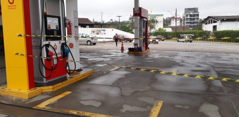 VÍDEO : Postos já estão sem combustível em Joinville