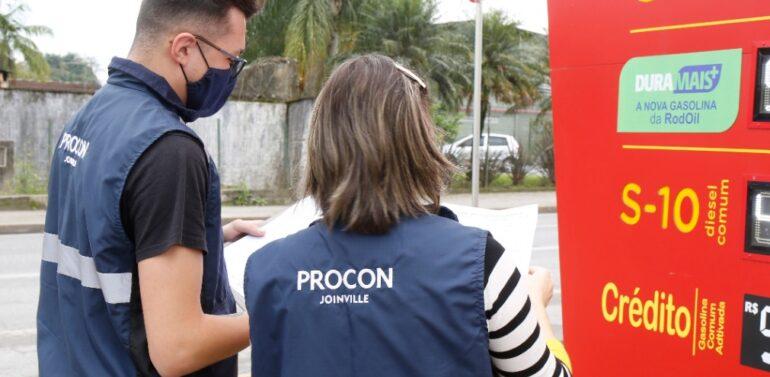 Procon de Joinville divulga pesquisa de combustíveis do mês de outubro