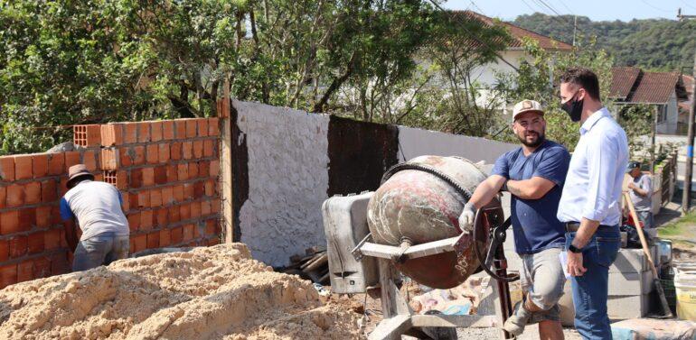 APAE de Joinville recebe R$ 800 mil para reformas e melhorias