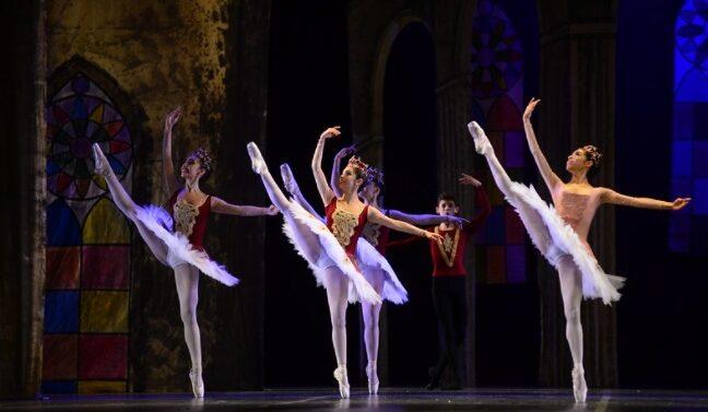 5ª Noite de Mostra Competitiva premiou coreografias nos gêneros Jazz e Balé Clássico de Repertório