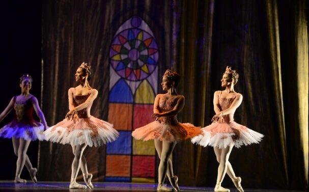 Mostra Competitiva desta terça-feira tem Danças Populares Brasileiras, Danças Populares Internacionais e Balé Neoclássico