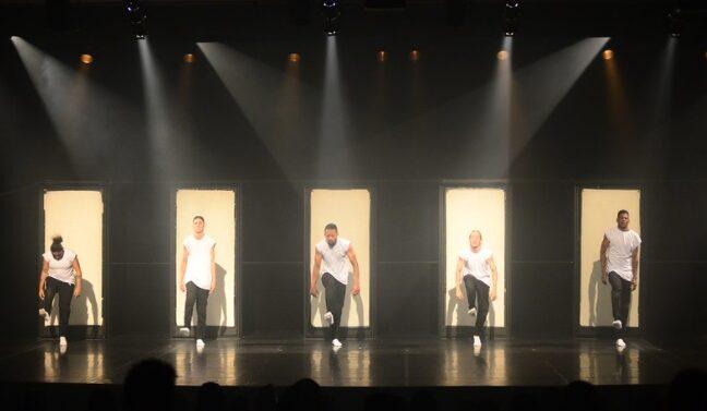 Noite da mostra competitiva premiou coreografias nos gêneros populares e Balé