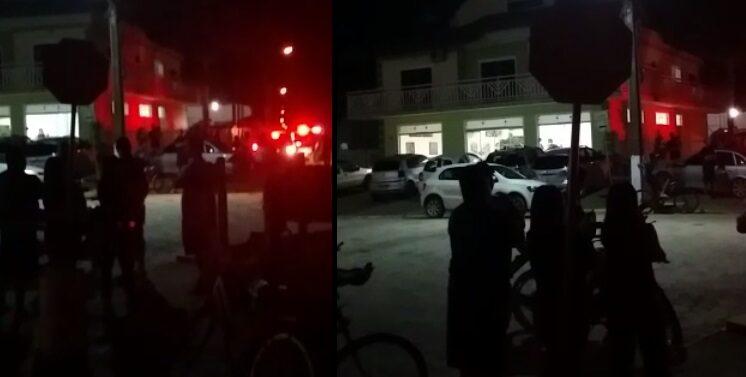 VÍDEO : Homem é morto a facadas durante briga em Barra do Sul